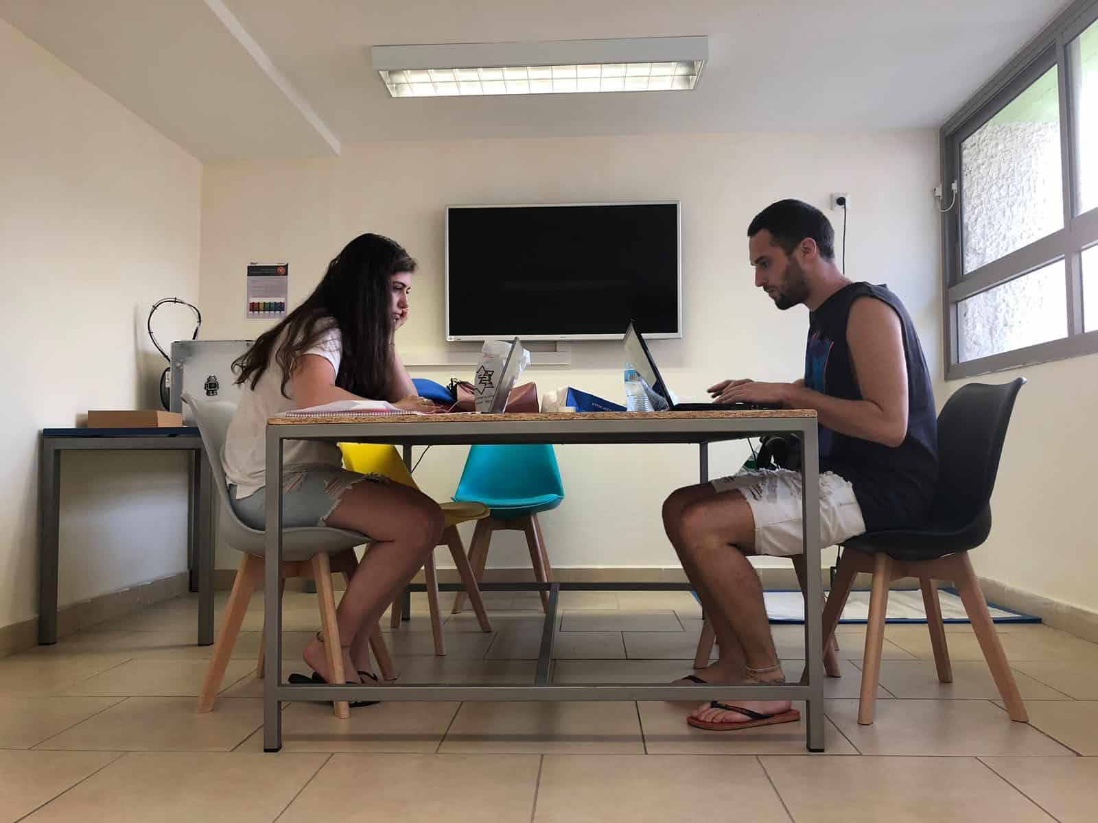 הסטודנטים נהנו ממרחב הלמידה, צילום: באדיבות דוברות עיריית גבעתיים