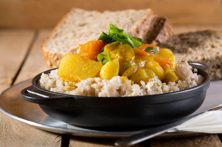 תבשיל ירקות בקרם קוקוס, צילום: בועז לביא